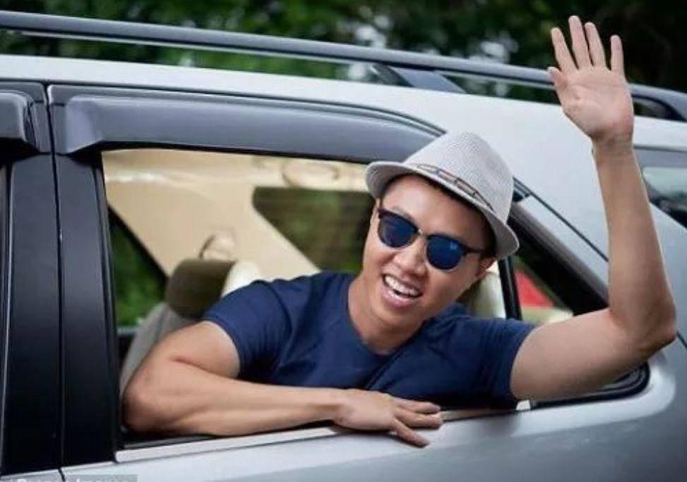 哭了!澳洲车主花重金装了个超舒服的后座,没想到被罚了$1500!